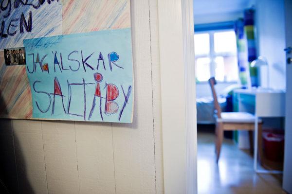 Vill du arbeta på Saltå By? Vi söker vikarier för längre och kortare tid